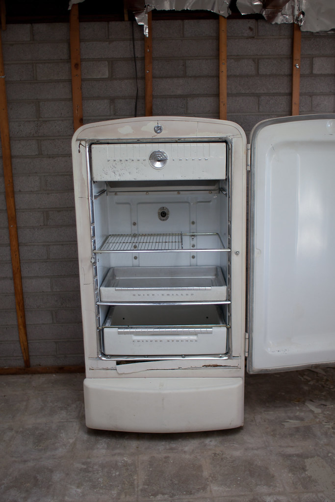 Philco Fridge open