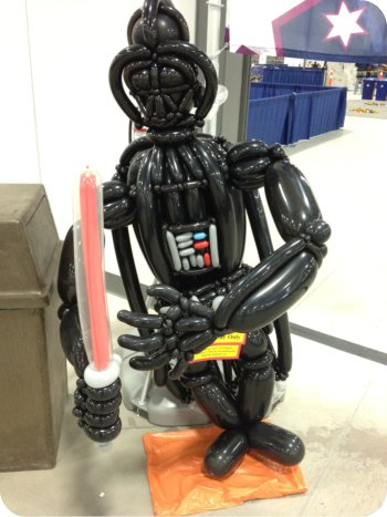 Balloon darth