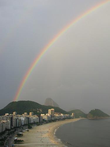 Arcoíris en Copacabana by Miradas Compartidas