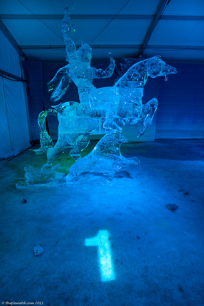 Winterlude-ottawa-ice-sculpture-night-4