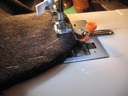 Top-Stitching Lapel
