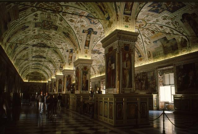 Biblioteca Apostolica Vaticana - Vaticaanstad {2001}