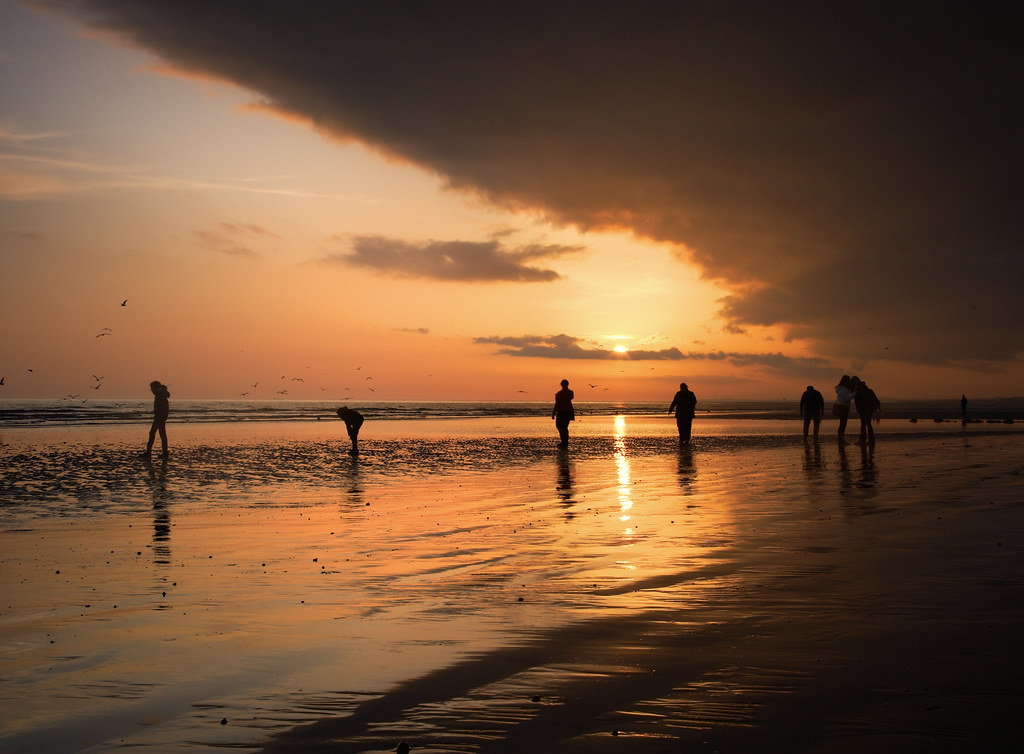 Brighton Beach, Spring Tide