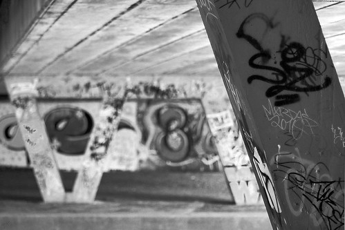 20120426_F0001: Graffiti under the bridge