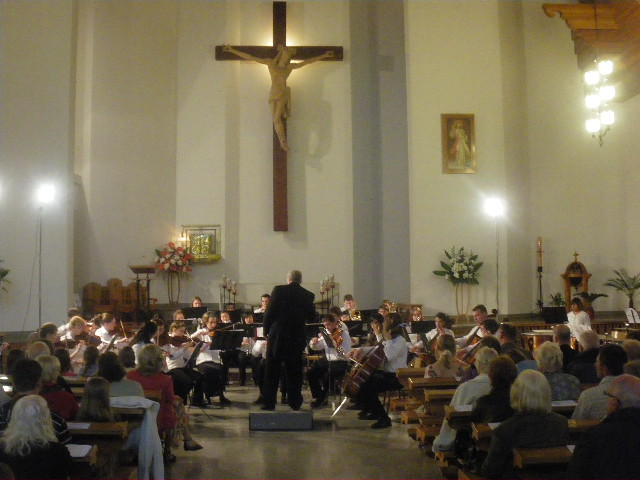 Cascade Youth Symphony performs in the Chruch of the Holy Cross in Zakopane