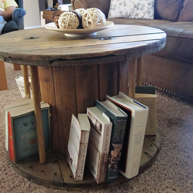 Latte love diy cable spool coffee table for Diy wire spool