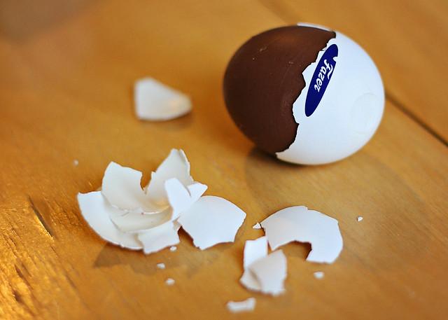 egg cracked