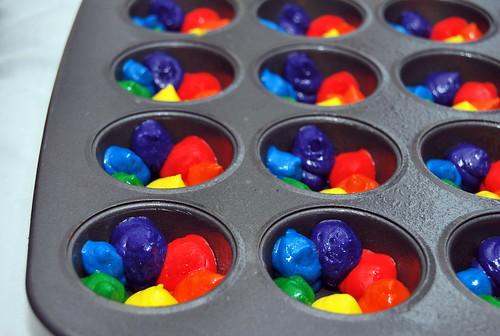 Mini Rainbow Cakes - ready to bake-001