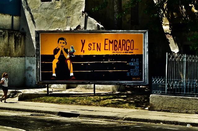 Y Sin Embargo