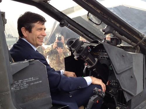 Sull'elicottero Mangusta