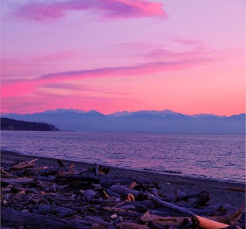 sunset sea beach water island evening shoreline whidbeyisland pugetsound olympiapeninsula olympiamountain