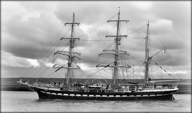Trois-mâts barque Belem.