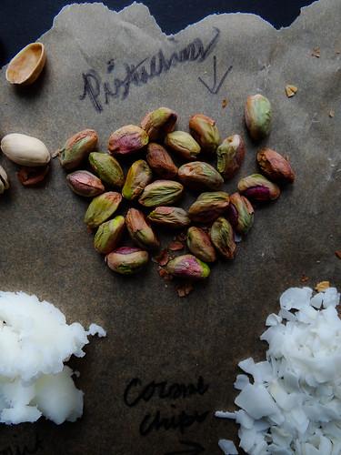 cacao nib coconut granola