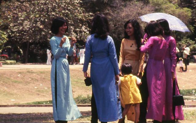 SAIGON 1969 - in the Zoo and Botanical Garden
