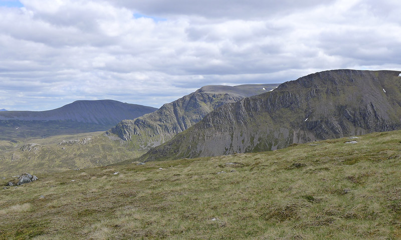 The Long Leachas of Ben Alder and the Lancet Edge