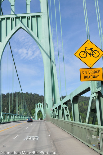 sharrows on St Johns Bridge-8