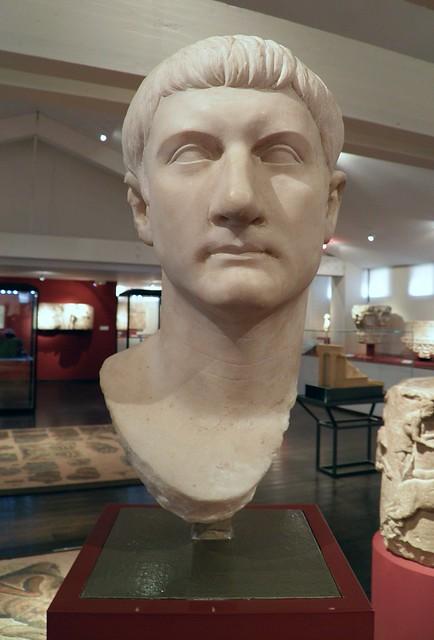 Tête de Drusus le Jeune (Drusus the Younger), fils de Tibère et de Vispania Agrippina, retrouvée à Béziers, MSR, Musée Saint-Raymond