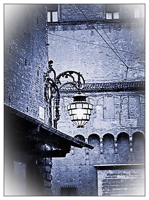 Quando a Bologna nasce un bambino...in piazza si accende una luce...