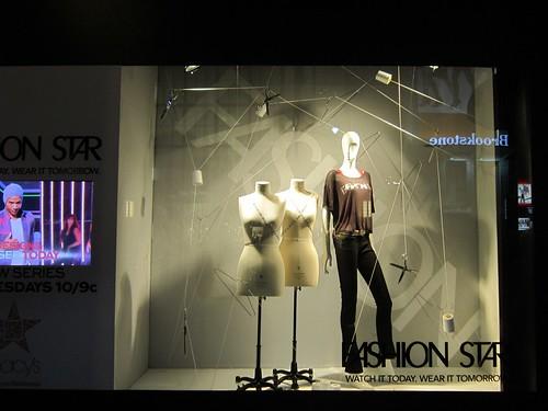FashionStarWindowAtMacys