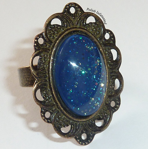 ring_blue and glitter