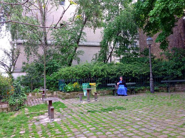 Leena, butte Montmartre
