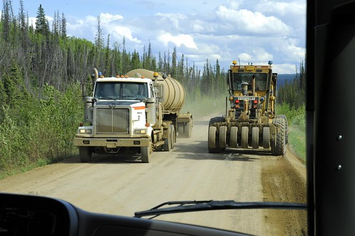 Along the Dalton Highway by RV Bob