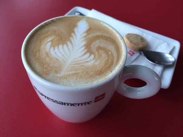Latte - Espressamente Illy