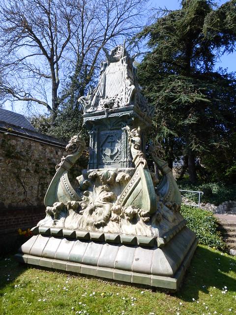 113 Monument des marins disparus en mer à Fécamp
