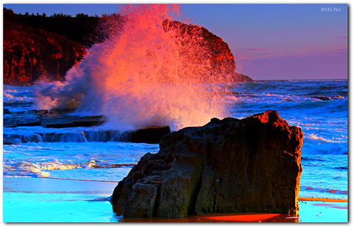 ocean summer color colour beach water rock sunrise canon rocks flickr surf waves break tide sydney wave australia pacificocean newsouthwales splash tidal nationalgeographic northernbeaches canonphotography