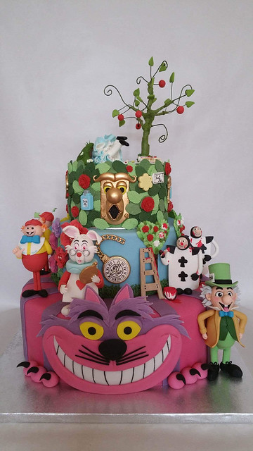 Alice in Wonderland Cake by Emily Guidetti of Giudetti's Cakes and Sugarcraft