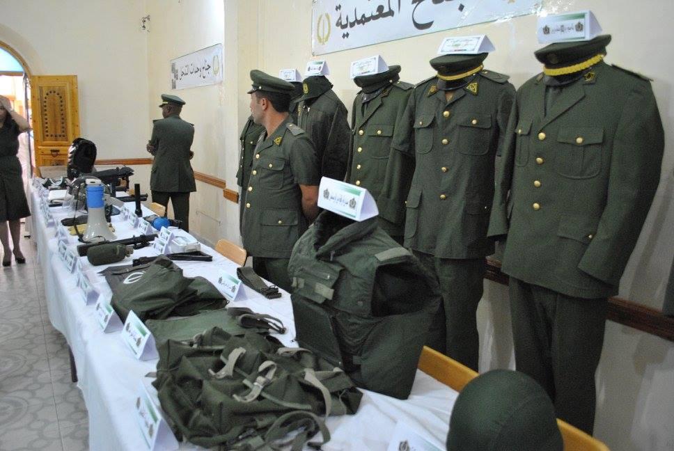 البذلات الجيش الوطني الشعبي الجزائري [ ANP / GN / DGSN / Douanes ]  - صفحة 4 27890611896_31bfcedcf5_o