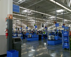 New Raleigh-Lagrange Walmart: (my) first view into the interior