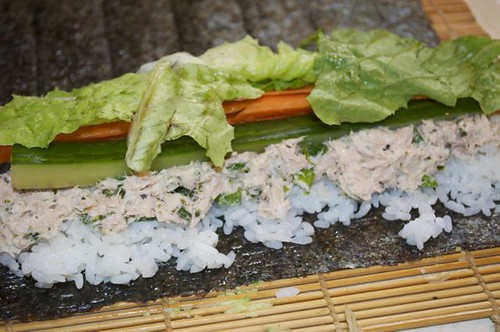 sushi roll 14