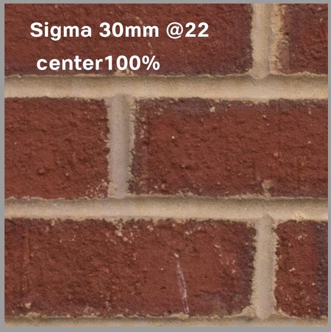 Sigma_30mm22_onNex7center100