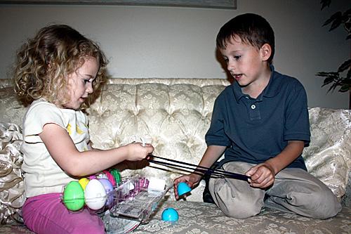 Egg9-OpeningEggRubberband
