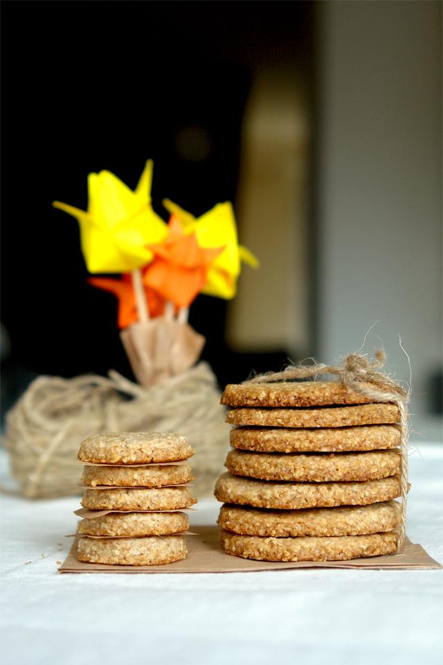 7087127517 b2942bf970 o Biscuiti digestivi   Homemade Digestive Biscuits