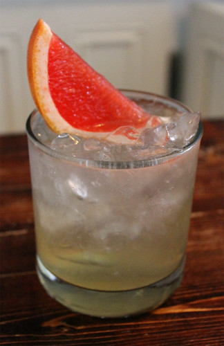 Gin and Grapefruit Tonic