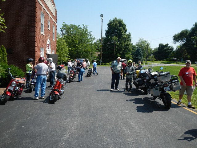 Cushman Scooters Rally