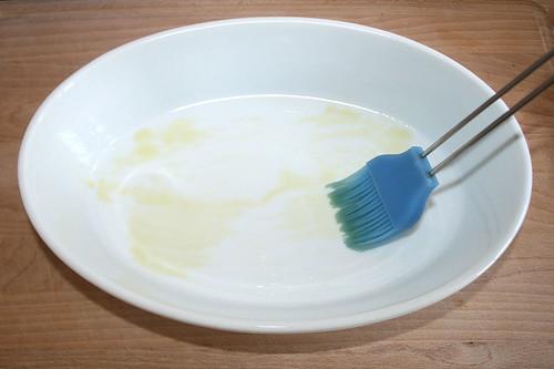27 - Auflaufform ölen / Oil casserole