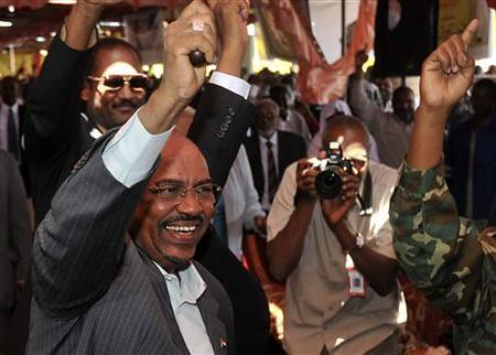 Sudan President Omar Hassan al-Bashir says he will withdraw troops from the Abyei region. The conflict with South Sudan has escalated in recent months. by Pan-African News Wire File Photos