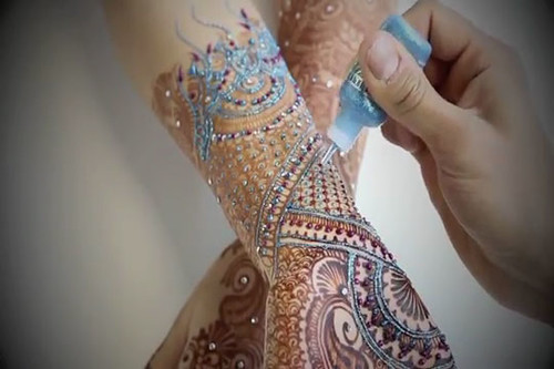 Latest Glitter Bridal Mehndi Designs (25)