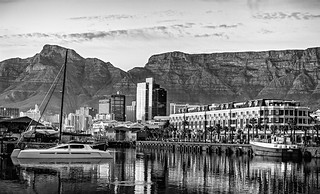Sunrise @ Cape Town Waterfront (Cape Town) (III)