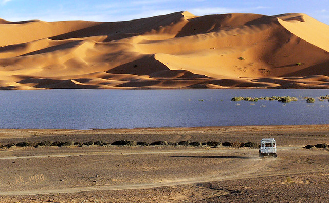 LAND ROVER, Erg Chebbi, Sahara Desert, near Merzouga, Morocco