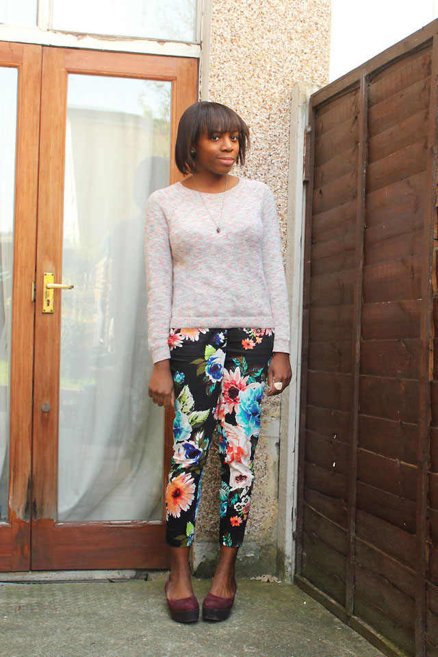 urban outfitters jumper h&m floral trousers vagabond gaga flatforms
