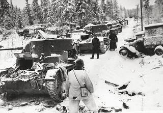 Tanques soviéticos destrozados durante la Guerra de Invierno (Finlandia, 1940)