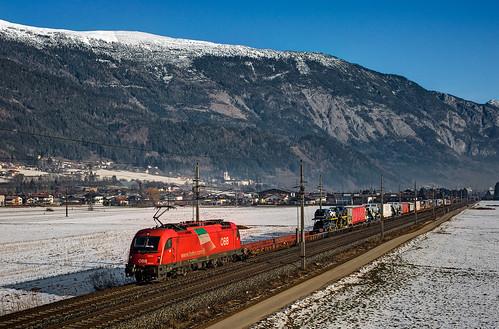railroad alps tirol siemens railway trains taurus bahn alpi mau öbb freighttrain ferrovia rola treni e190 nikond90 guterzuge rh1216 es64u4