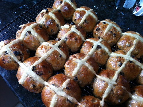 Hot cross buns, just glazed