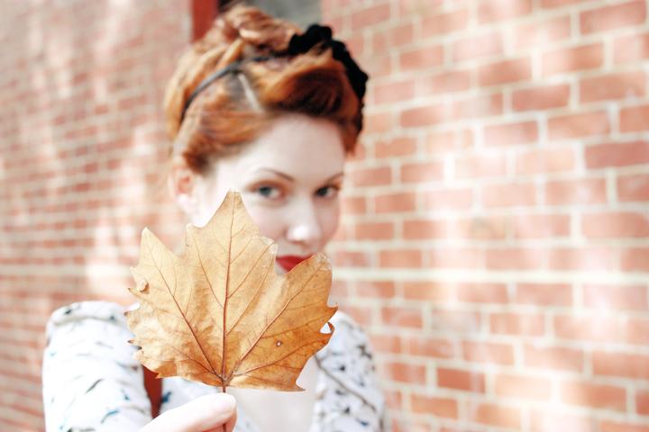 leaf face b