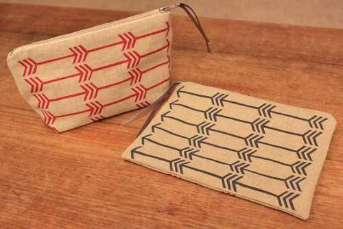 arrow pouches - screen printed in rasberry and gunmetal