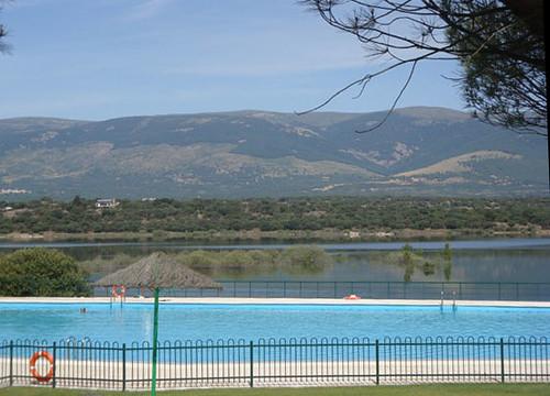 Conoce las 5 playas de madrid clubrural for Piscina playa de madrid